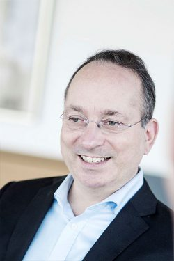 Dr. jur. Dr. phil. Lovis Maxim Wambach | Rechtsanwalt und Fachanwalt für Medizinrecht
